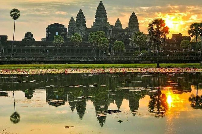 Sunrise Tour of Angkor Wat from Siem Reap photo 14