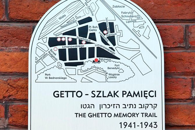 Sightseeing Tour in Jewisch Quarter and Former Ghetto