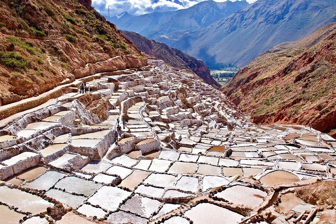 Complete Sacred Valley Tour Small group Pisac, Maras, Moray & Ollantaytambo photo 3