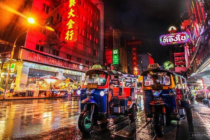 Bangkok Tuktuk Food Tour with Guide- Amazing Tour at Night