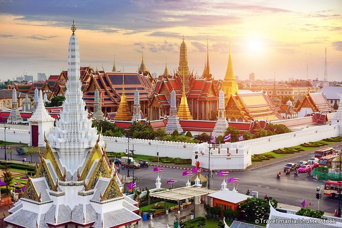 Experience Grand Palace half-day tour in Bangkok
