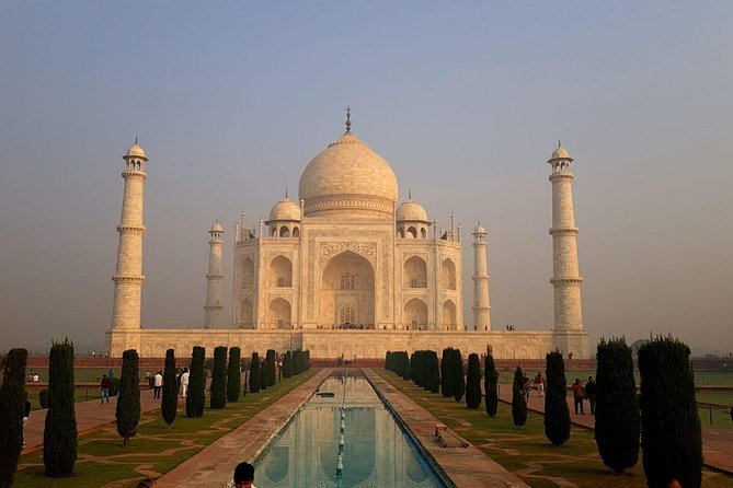 Exceptional One Day Tajmahal Trip by Car from Delhi