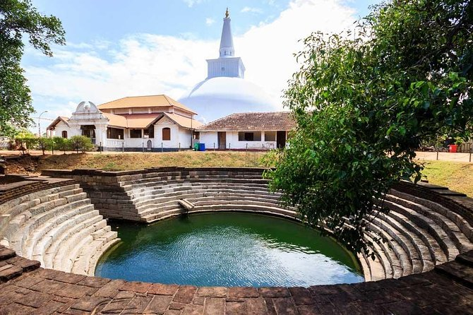 Full Day Tour To Anuradhapura Kingdom & Mihintale From Negombo