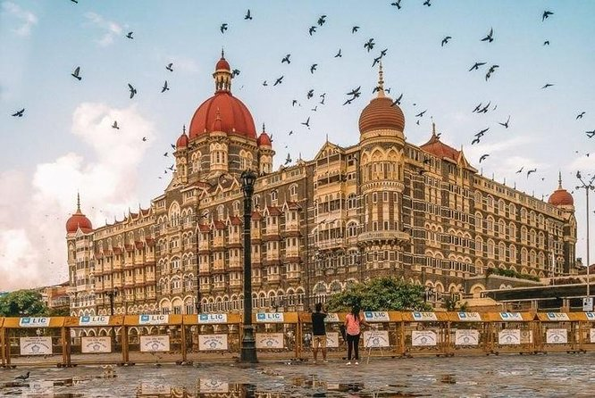 Mumbai City + Dabbawala aka Lunchbox + Train Ride Tour - The Unfeigned Mumbai.