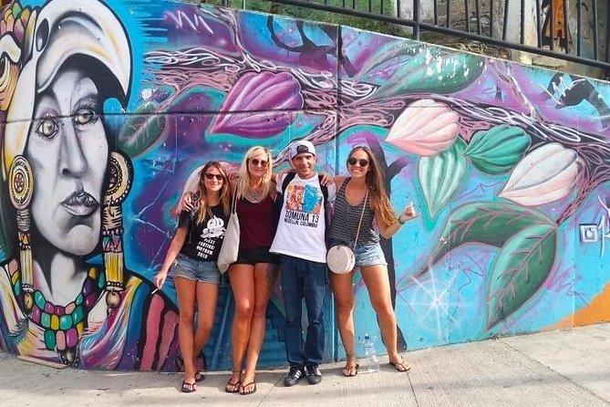 Comuna 13 Private Graffiti Tour in Medellín
