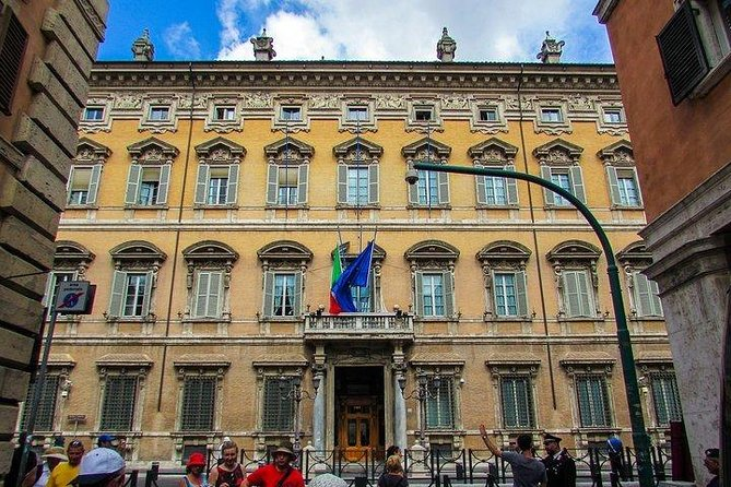 Essential Rome: 2 Hours Private Guided Tour of Rome's Historic Center photo 14