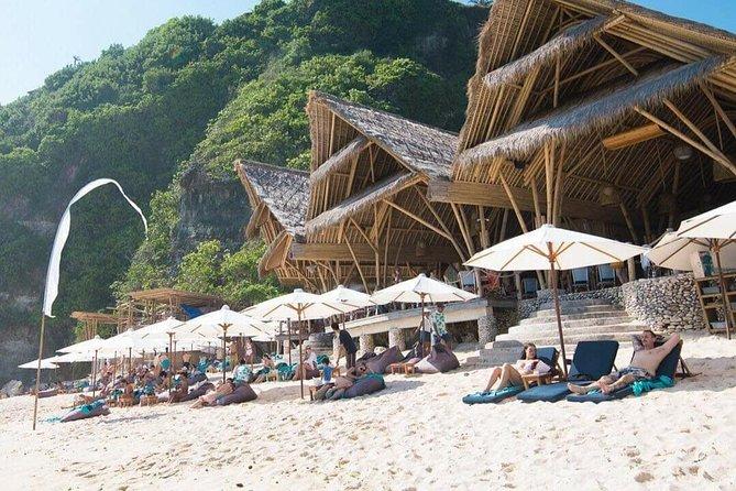 Bali Private Guided Tour : Sunday Beach Club & Uluwatu Sunset - Free WiFi