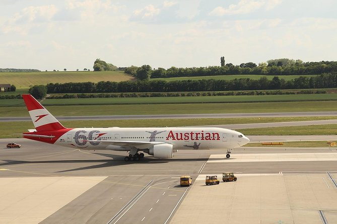 Shuttle and transport service from City of Vienna to Vienna Airport - VIA