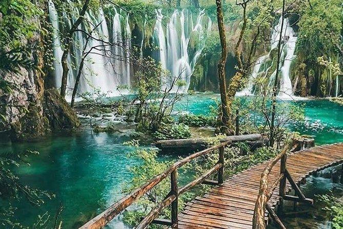 Private transfer from Ljubljana to Split with Plitvice Lakes