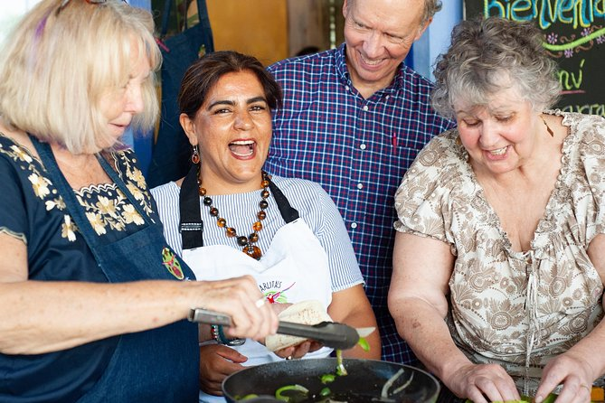 Small-Group Mexican Cooking Class in Mahahual