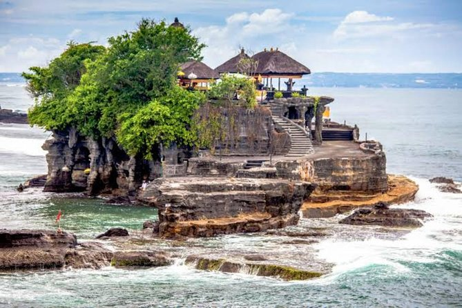 Private Tour: Rice Terrace, Waterfall, and Tanah Lot Temple