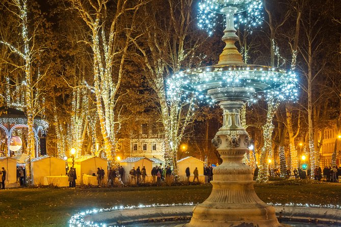Christmas Market Small-Group Walking Tour in Zagreb
