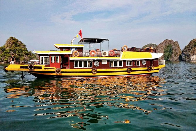 From Cat Ba: 2 Day 1 Night Cruise to Lan Ha & Ha Long Bay(Max 8 people on boat)