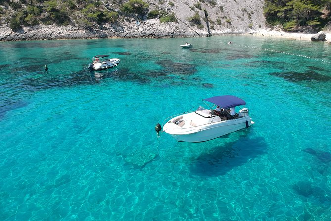 Hvar & Pakleni islands - Private speedboat tour