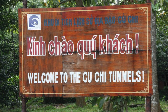 Full-Day Cao Dai Temple - Cu Chi Tunnels photo 3