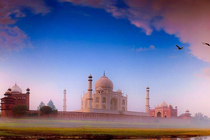 Sunrise Tour to Taj Mahal and Agra Fort Tour By Car