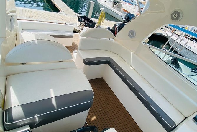Mini Yacht Cruise