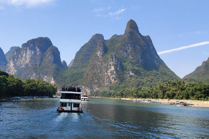 Full-Day Guilin Li-River Cruise with 3 star boat and Reed Flute Cave Tour