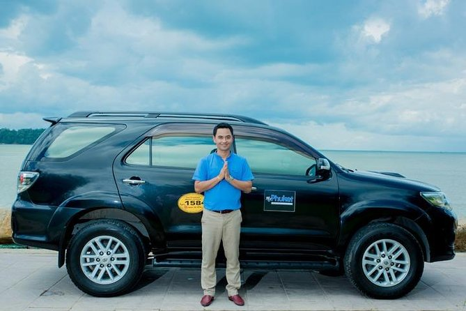 Private Airport Transfer: Singapore Airport to/from Johor Bahru
