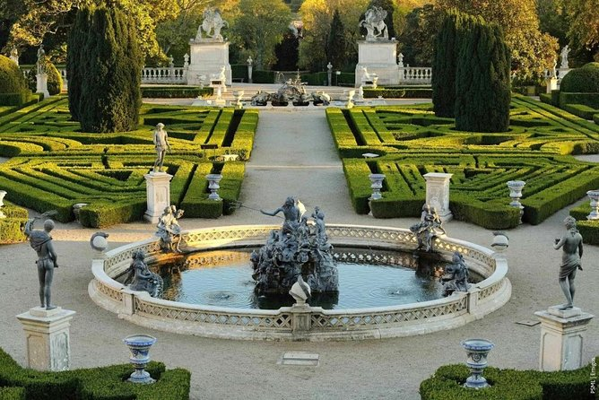 Full Day Tour to Sintra and Cascais