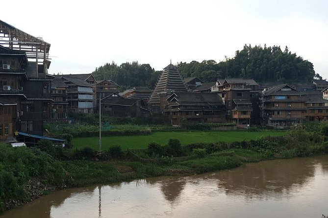 Longsheng(Longji) hotel to Fenghuang hotel and stops at Chengyang Dong Village photo 9