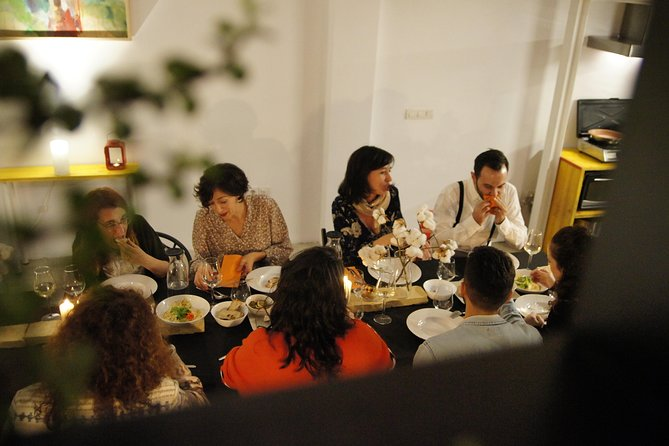 Organic & Seasonal Lunch in a Seville Home