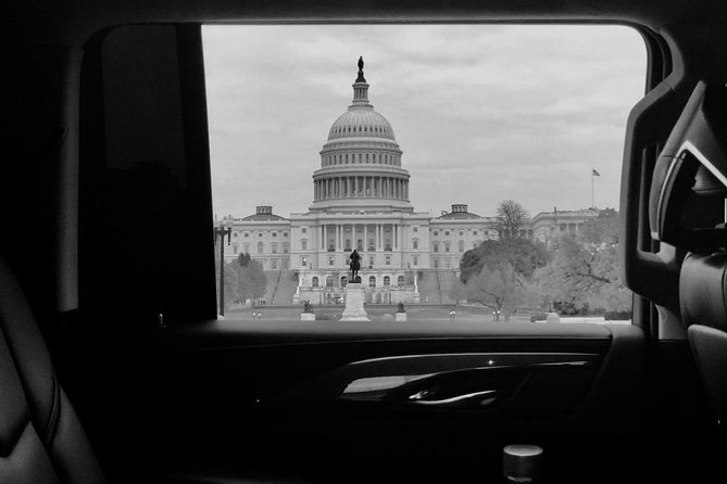 4 Hours Private Chauffeured DC Sight Seeing Tour / SUV & Sedan