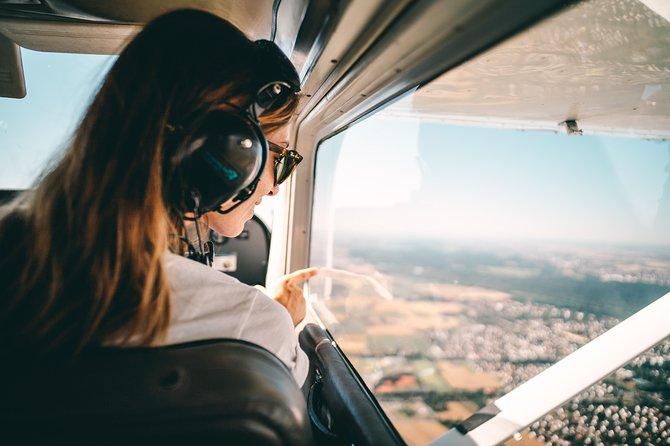 Private Sightseeing Flight around Paris