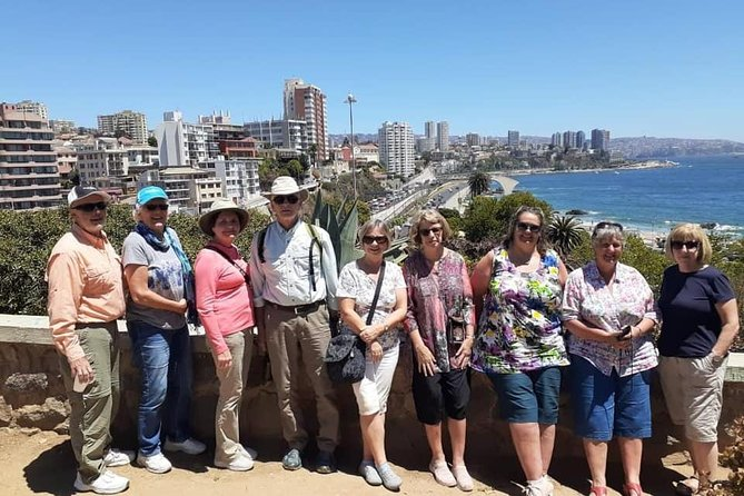 Post-cruise tour to Viña Del Mar, Valparaiso, Wine tasting, drop off in Santiago photo 1