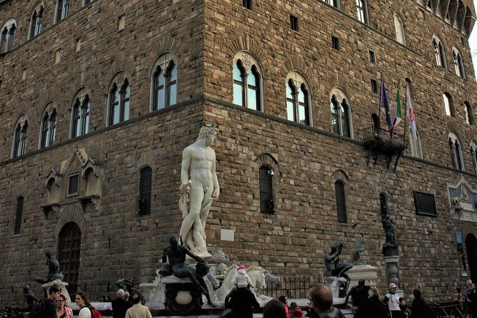 The Medici Way - Florence walking tour including Palazzo Vecchio - Semi private