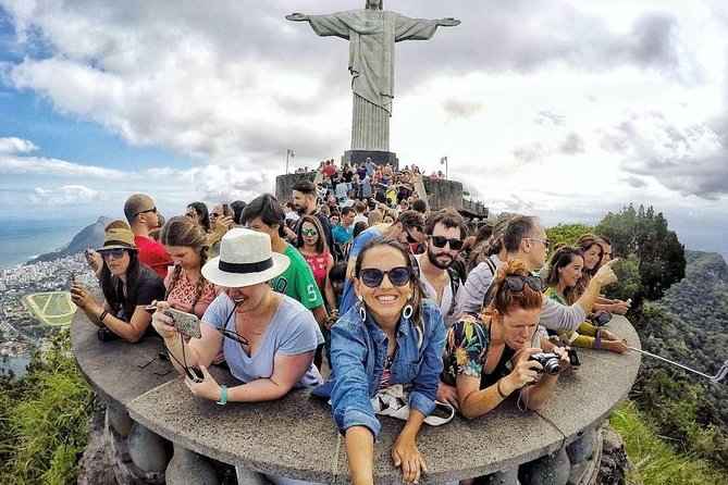 Private City Tour A Day in Rio: Christ the Redeemer, Sugar Loaf, Lunch and More