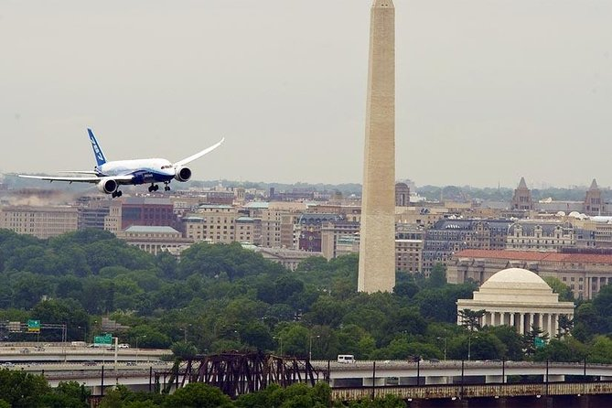 Car Service to and from Ronald Reagan National DCA Airport