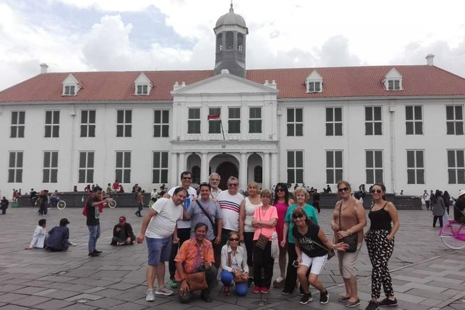 Jakarta City Tour Group Package 50 Pax With Lunch