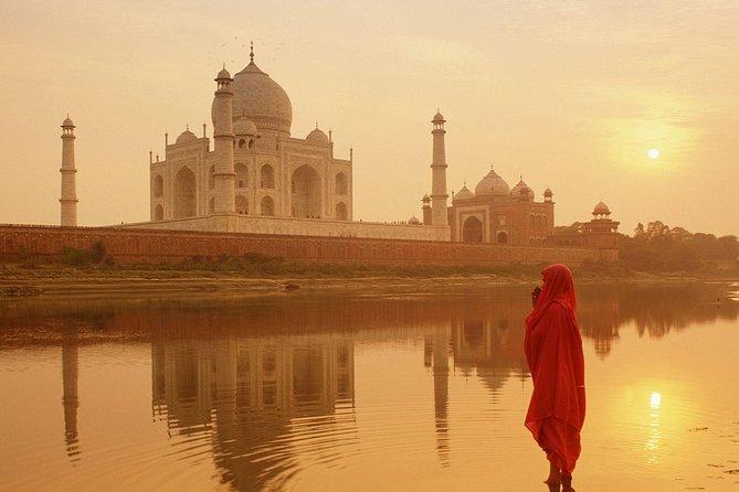 Taj Mahal Sunrise Same Day by Car