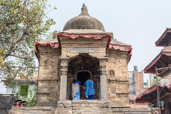 Explore the hidden alleys of old Kathmandu- Heritage Walk