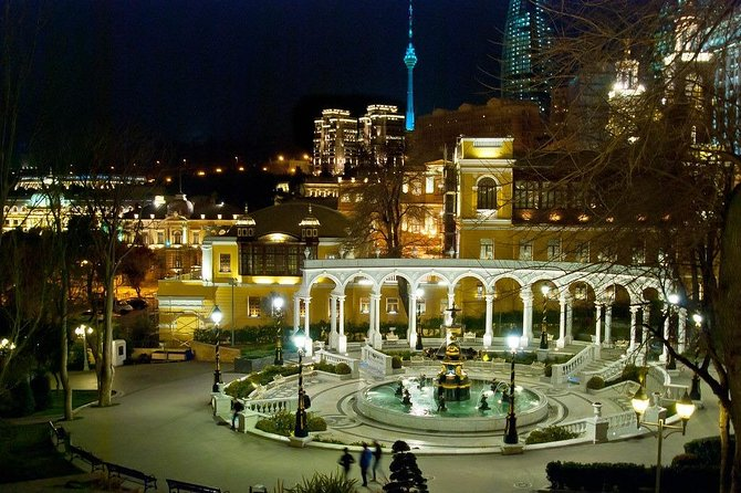 Charming Baku Lights Night Tour
