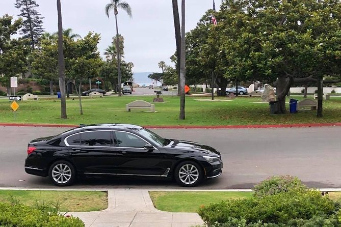Arrival Private Transfer San Diego Airport SAN to San Diego City by Business Car