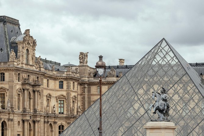 Skip the Line Private Experience of the Louvre with a Local Private Guide photo 6