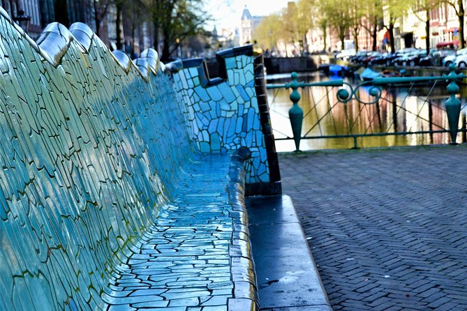 Amsterdam's City Centre: an alternative route photo 2
