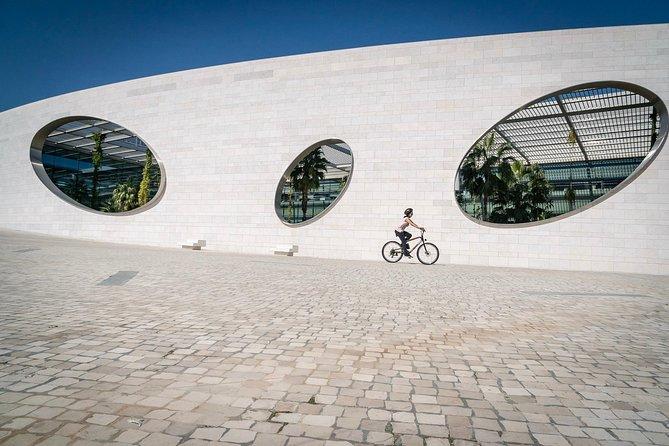 Lisbon Discoveries E-Bike Tour by Sitgo