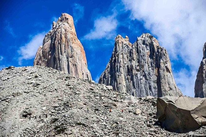 Trekking Full Day Base Torres del Paine (Minimum 2 pax)