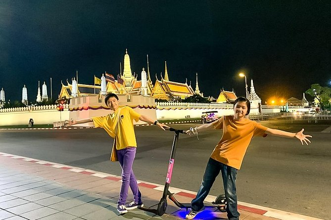 Electric Scooter Tours Bangkok-Historical Sites photo 1