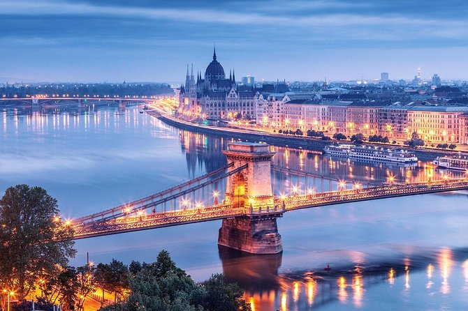 Budapest 1-Day Private Grand Tour by Car/Minibus