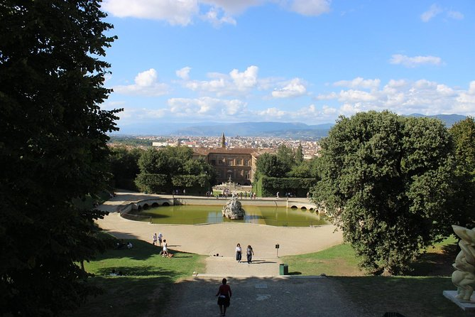 Guided Tour for Small Group Pitti Palace and Boboli Garden