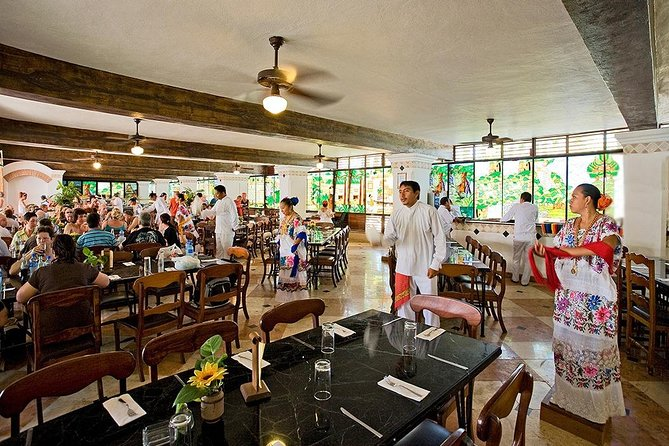 Chichen Itza Deluxe Small Group with Buffet Lunch & Cenote