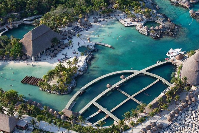 Xcaret Cancun Plus + 1 meal.