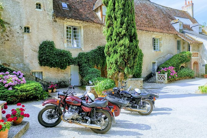 Vintage Tour On Sidecar Ural From Amboise (4h00)