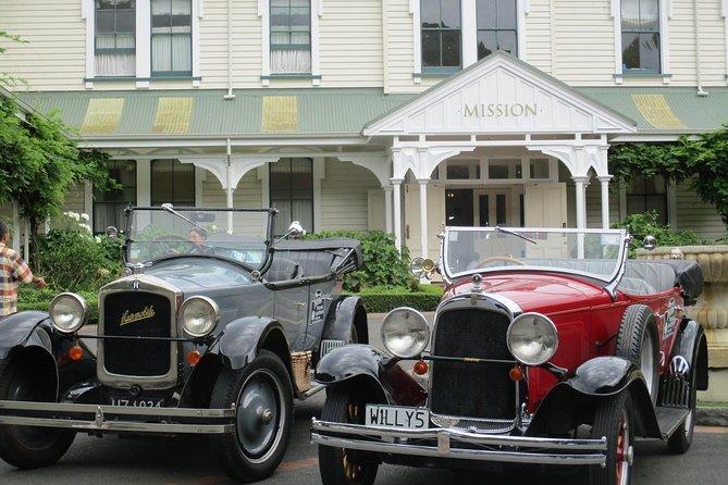 Private Shore Excursion: Half Day Vintage Car Tour inc Platter