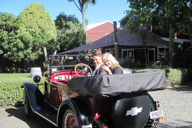 Private Shore Excursion: Half Day Vintage Car Tour inc Platter