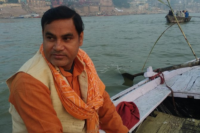 Religious tour of Varanasi with official guide